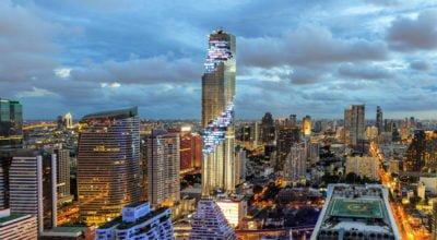 Башня Маха Накхон